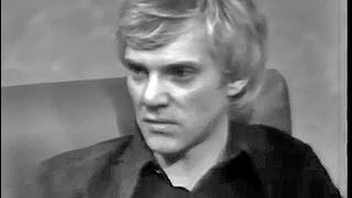 Malcolm McDowell: Go to https://youtu.be/wwU33cOeoZg