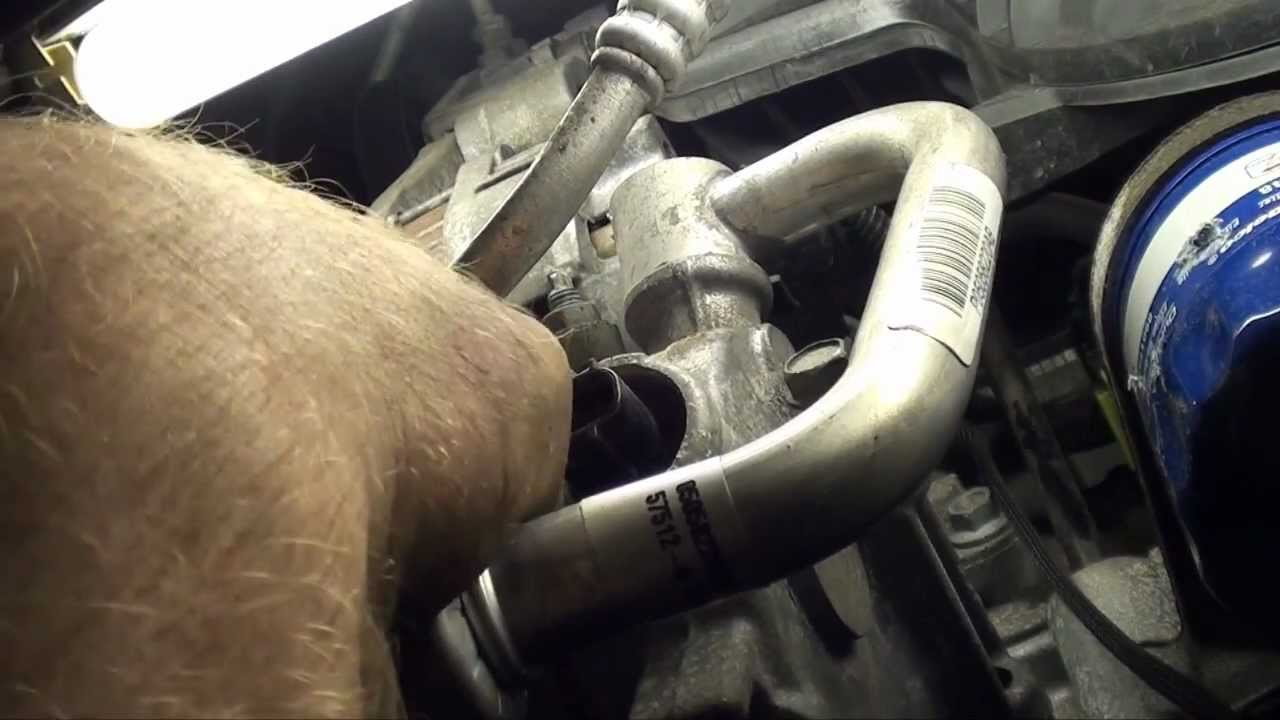 2008 dodge avenger engine noise fix alternator decoupler pulley youtube [ 1280 x 720 Pixel ]