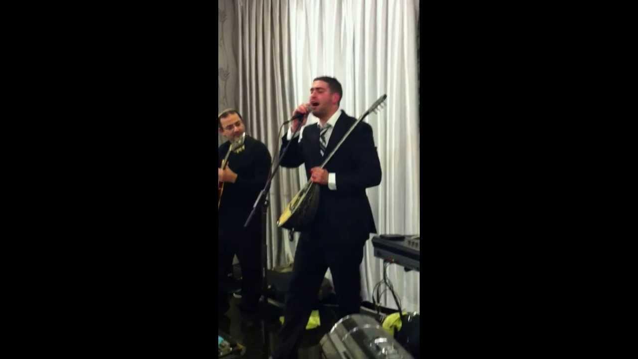 אלירן אלבז מחרוזת שיר הגיטרה נגנו לי שיר בהופעה | Eliran Elbaz Guitar Song Medley In Show