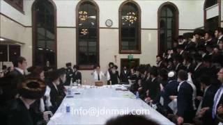 Nikolsburg Rebbe Motzei Yom Kippur 5777