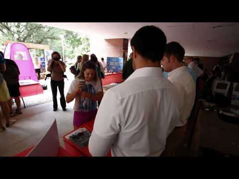FSU entrepreneurial students unveil business ideas at Sophomore Business Expo