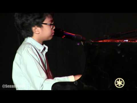 Joey Alexander Trio - Turn Out The Stars ~ Lush Life @ JJF 2014 [HD]