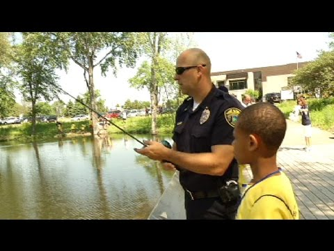 Fishing helps connect cops and kids