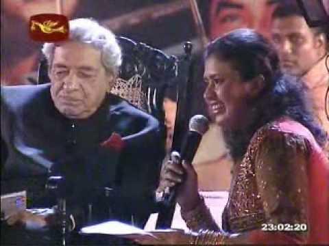 GEETH MADHURI MUSICAL SHOW 2010 ..... Dole Mera Tan Dole - Nagin [1954] [RAVI PLAY Key Board]