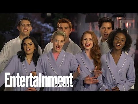 The Winner Of EW's Fall TV Cover Battle Is..ale!   Cover Shoot   Entertainment Weekly