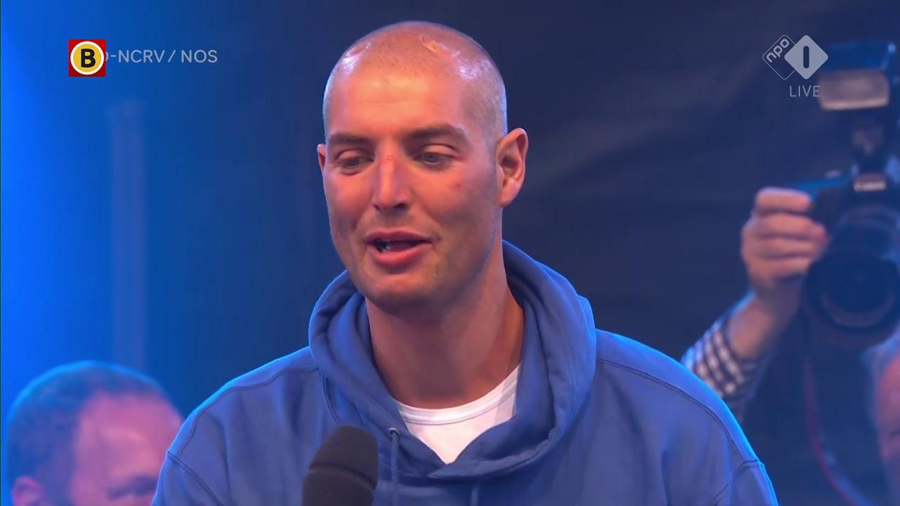 Maarten van der Weijden maakte zelf het eindbedrag bekend. - YouTube