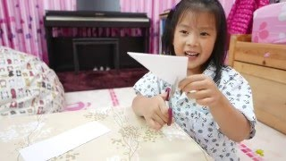 How To Make Easy Paper Snowflakes For Kids by Big Kid, Affy. It