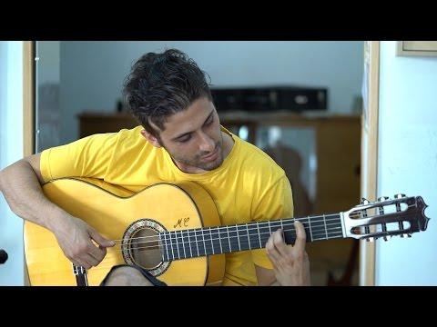 La parte de atrás. Mariano Conde, luthier.