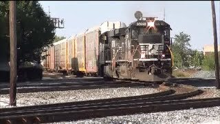NS Norfolk Southern crosses the CSX Bee Line in Muncie Indiana