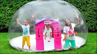 Download Vlad and Nikita build Inflatable Playhouse for children Mp3 and Videos