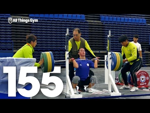 Kuo Hsing-Chun (58kg, Taiwan) 155kg Front Squat 2015 World Weightlifting Championships Training Hall