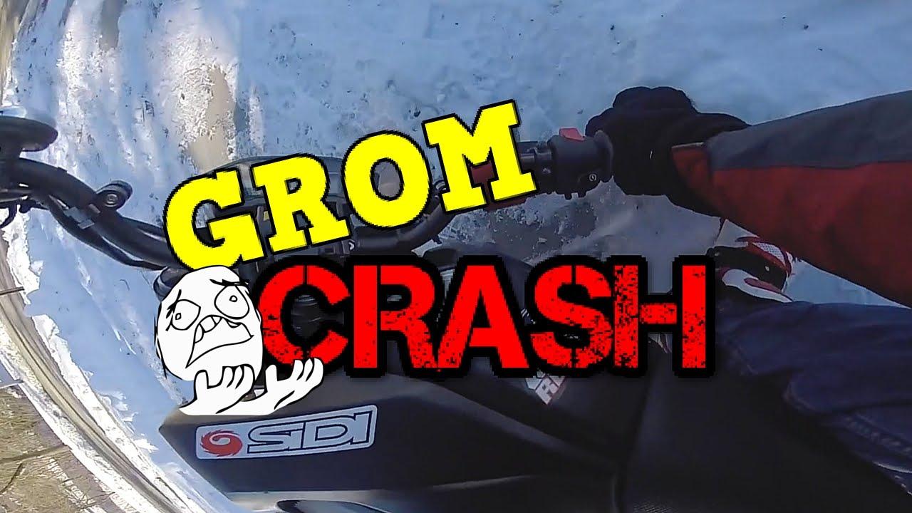 Mini MotoGP, Grom Crashes in Snow - YouTube