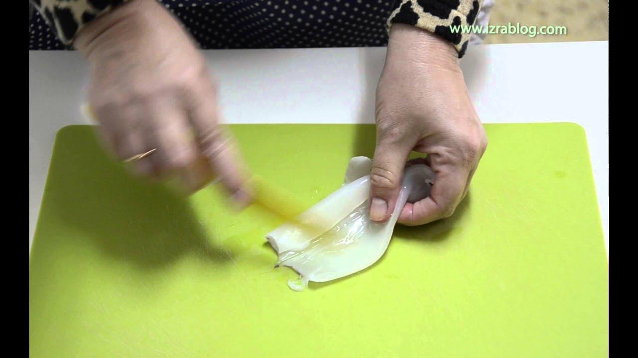 Как чистить кальмары замороженные