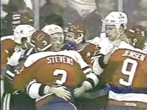 *Capitals - Blackhawks melee 11/12/86
