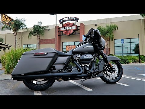 2019 Harley-Davidson Street Glide Special (FLHXS) │ First Ride and Review