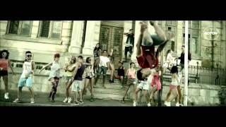 Corina-A ta (parodie) RedBlue freestyle parody teach me how to douggie remix