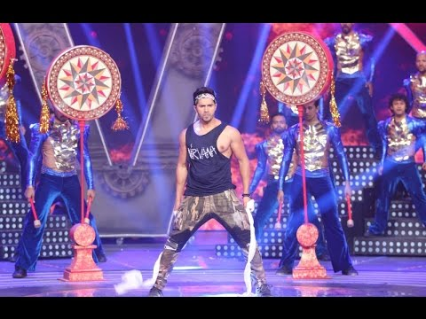Varun Dhawan's Electrifying Performance At Miss India 2016