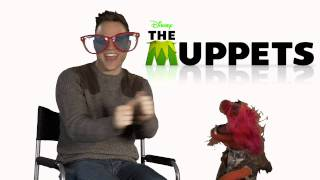 Olly Murs and The Muppets - New Years Message