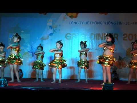 """FSE Small múa """"Phép lạ hằng ngày"""" -Gala DN 2012"""