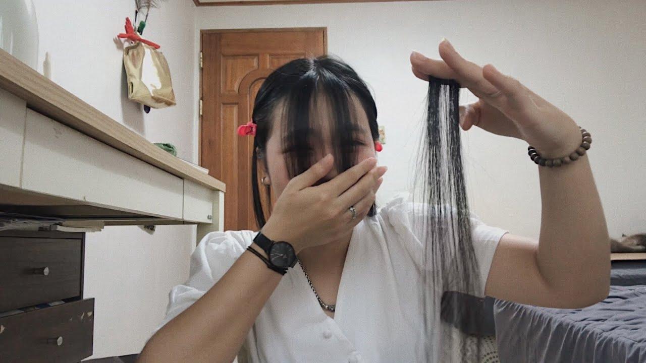 lần đầu tự cắt tóc mái tại nhà l cutting my own bang l SonTrangVlog