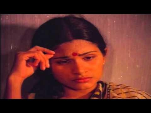 Antharangathin Agaatha - Malayalam Film - Shalini Ente Koottukari