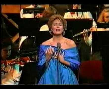 "Dame Kiri Te Kanawa - ""I Dreamed a Dream"" - ""Les Misérable"""