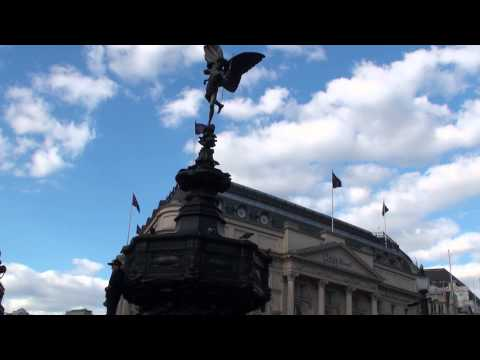 (HD)Travel to UK,Piccadilly Circus-Statue of Eros London