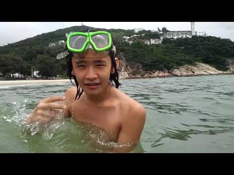 Swimming in the deepwater Shark prevention nets area near the beach in Shenzhen 6
