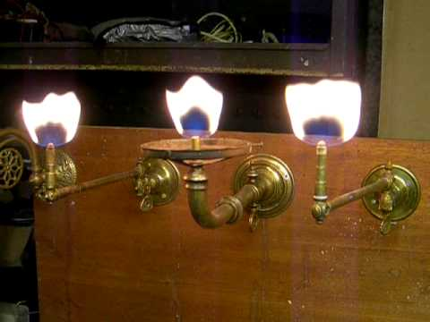 Gas lamp burners demonstation