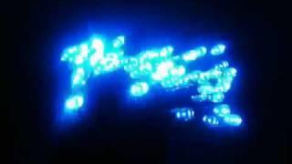 夜行性動物が警戒する青色LEDを使いイノシシよけする製品。ソーラーパネ...