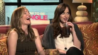 How To Be Single Interview - Dakota Johnson & Leslie Mann