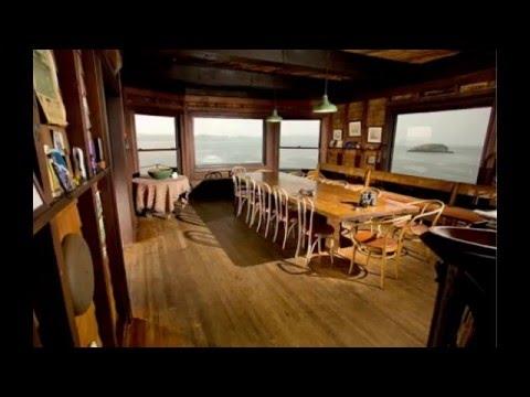 Clingstone House: A Home Ideal On An Island