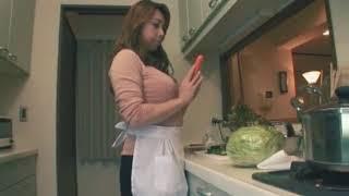Download Video Cewek jepang cantik sexy ini lagi masak di dapur liat apa yang terjadi.. !! MP3 3GP MP4