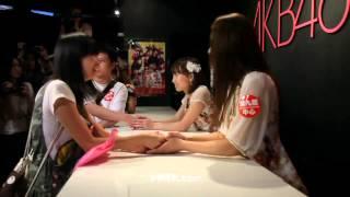 9377 - 今天下午,日本國民偶像天團AKB48的兩位成員秋元才加(Akimoto Sa...