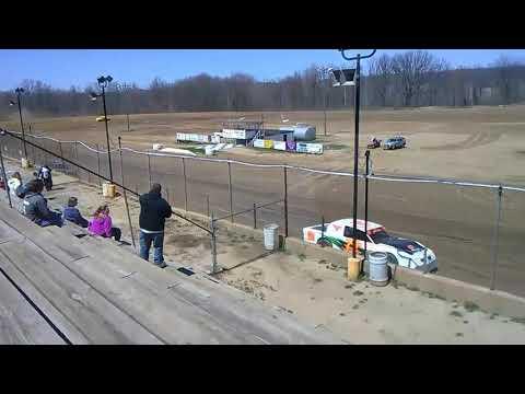 Open practice at Butler Motor Speedway 4/29/2018 Larry kulikowski jr
