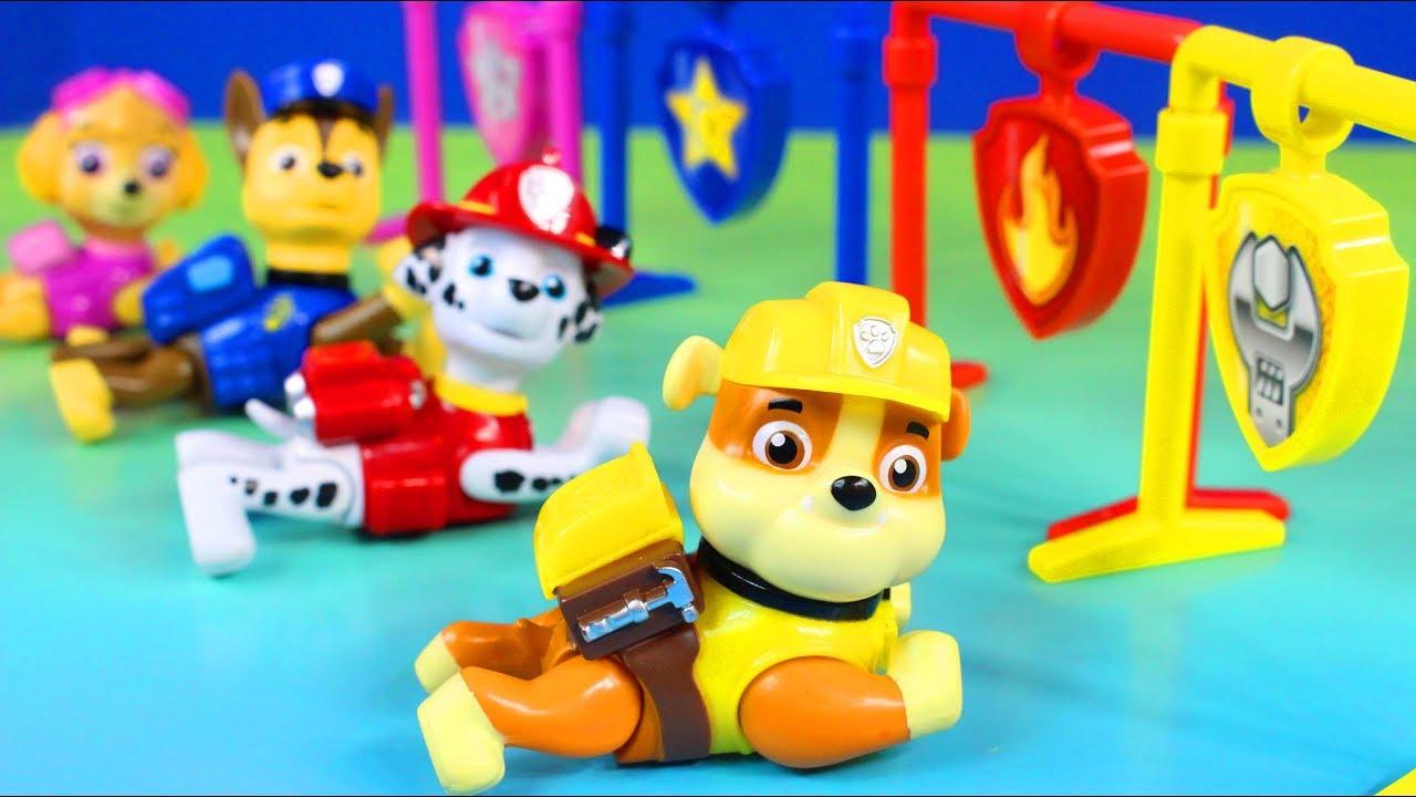 paw patrol pull back pups gift set chase marshall rocky zuma and ruble race to the finish youtube. Black Bedroom Furniture Sets. Home Design Ideas