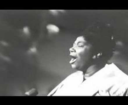 Mahalia Jackson - His Eye Is On The Sparrow
