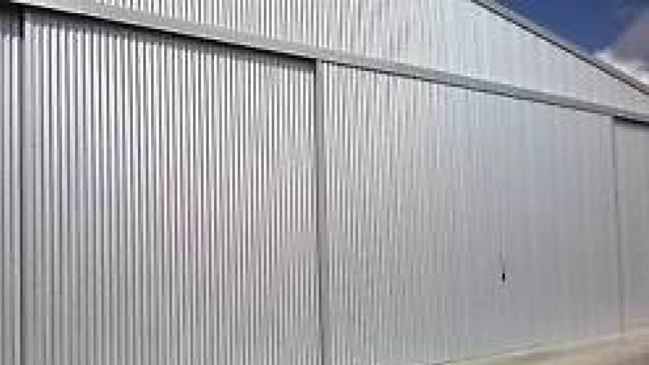 Industrial sliding door sound effect large metal door for Door opening sound effect