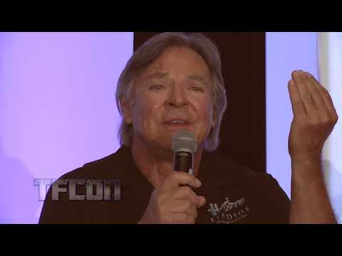 Frank Welker (Megatron) on his Relationship with Peter Cullen (Optimus Prime)