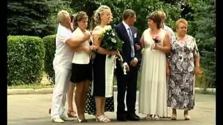 Активная липчанка в парке Победы организовала народное бюро знакомств(, 2014-08-01T07:52:46.000Z)