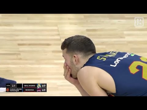 Nik Stauskas blows the game overseas.