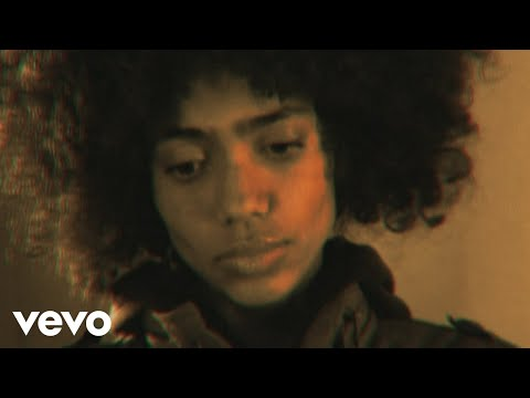 Nneka - The Uncomfortable Truth (US Videoclip)