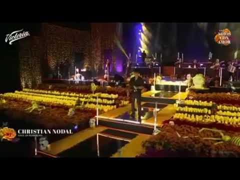 Christian Nodal – Nace Un Borracho (En Vivo – Un Adiós con Amor) [Cerveza Victoria]