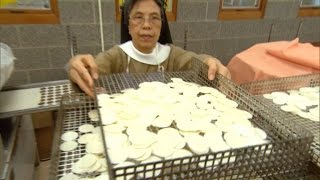 Meet the Nuns Who are Making Communion Wafers for Pope Francis