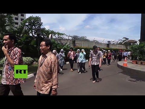 Un terremoto de magnitud 6 sacude la isla de Java, la más poblada de Indonesia