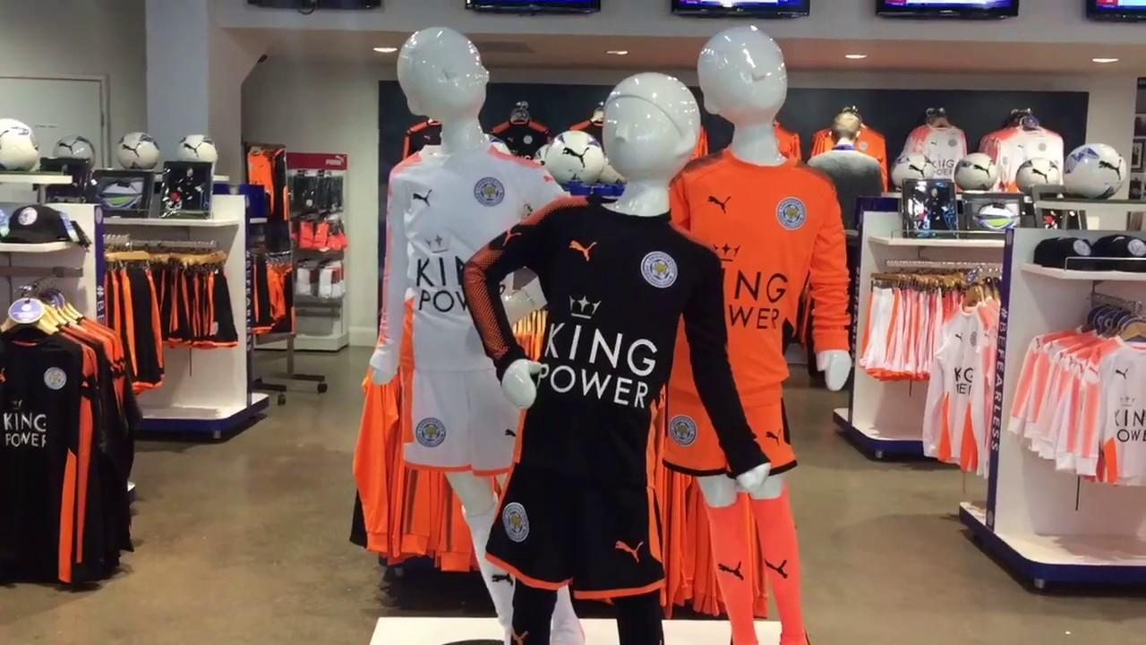 d4e2d00b088 Do You Like the New Leicester City Kit   Puma 2017 18 - YouTube