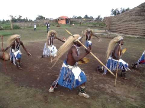 Rwanda Village: Tribal Warrior Dance