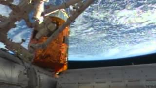 Земля со спутника онлайн трансляция в режиме реального времени(Земля со спутника онлайн трансляция в режиме реального времени http://media.utema.ru/earth-online/, 2014-04-25T22:20:35.000Z)