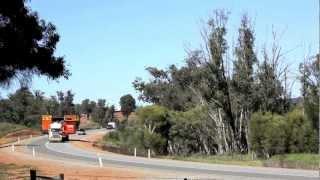 Heavy Haulage - Massive Oversize loads in Australia using Two Trucks in Tandem.