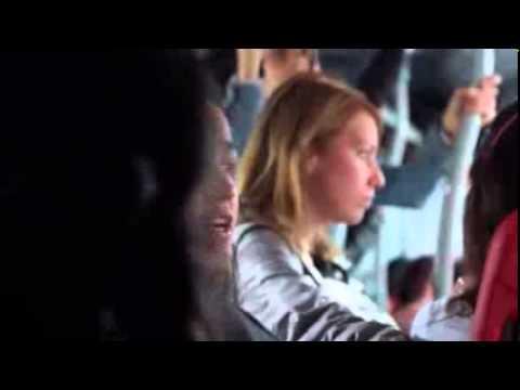 Flashmob Despacio Coro En Transmilenio Youtube